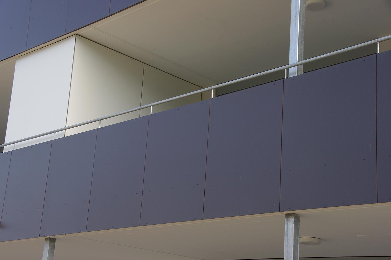 luxus balkon sichtschutz platten einzigartige ideen zum sichtschutz. Black Bedroom Furniture Sets. Home Design Ideas